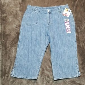 LEE RIDERS CAPRI LENGTH JEANS CROPPED PANTS NEW